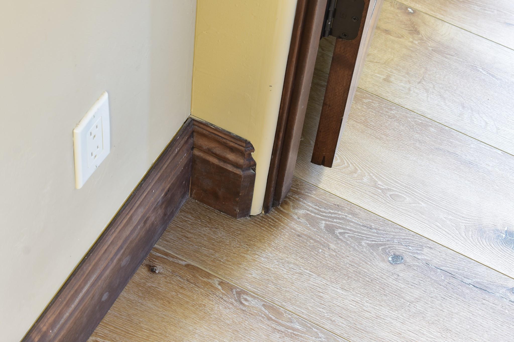Waterproof Laminate Floors Baseboards