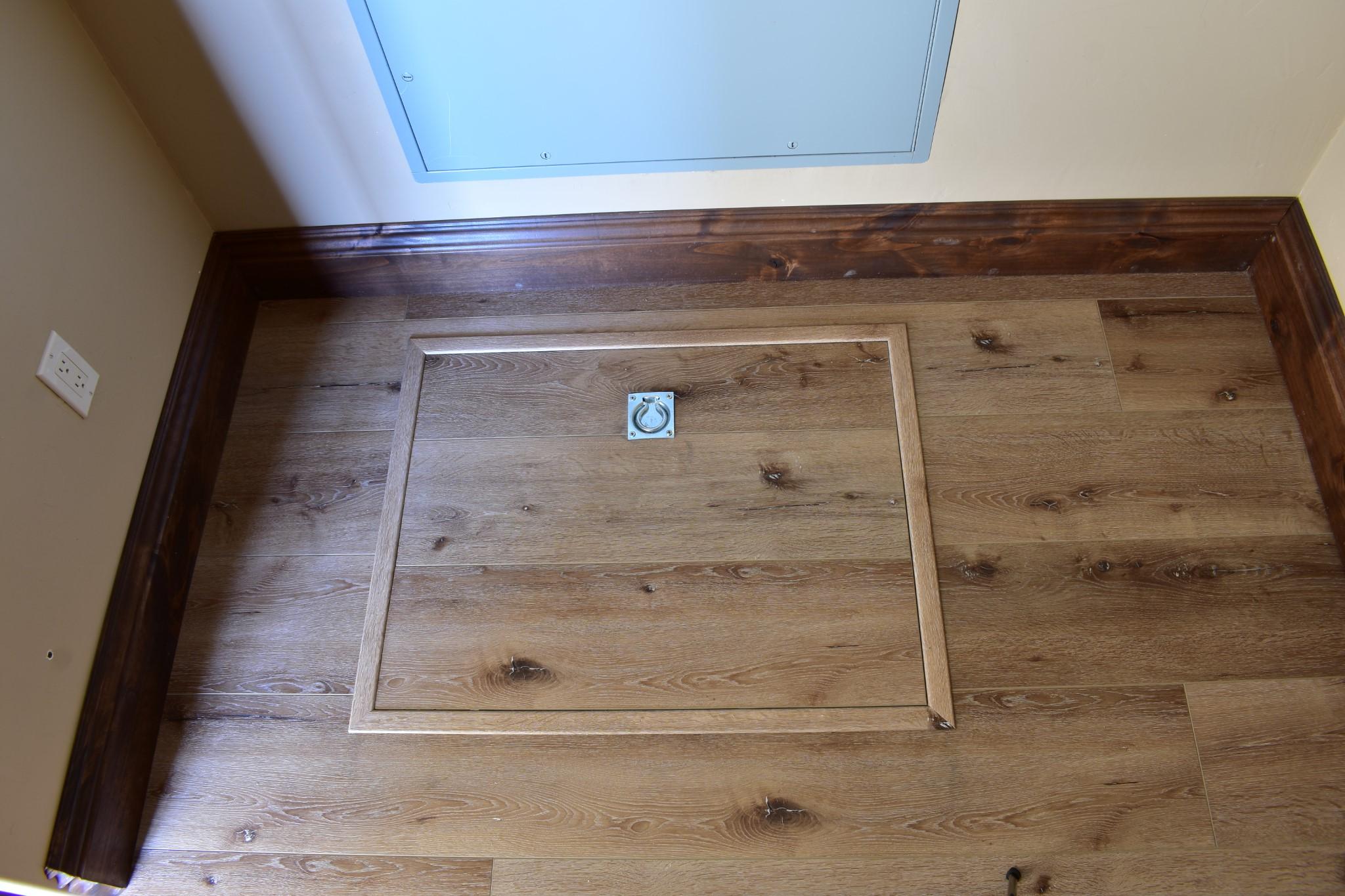 Waterproof Laminate Floors Bedroom Underhouse Basement Door