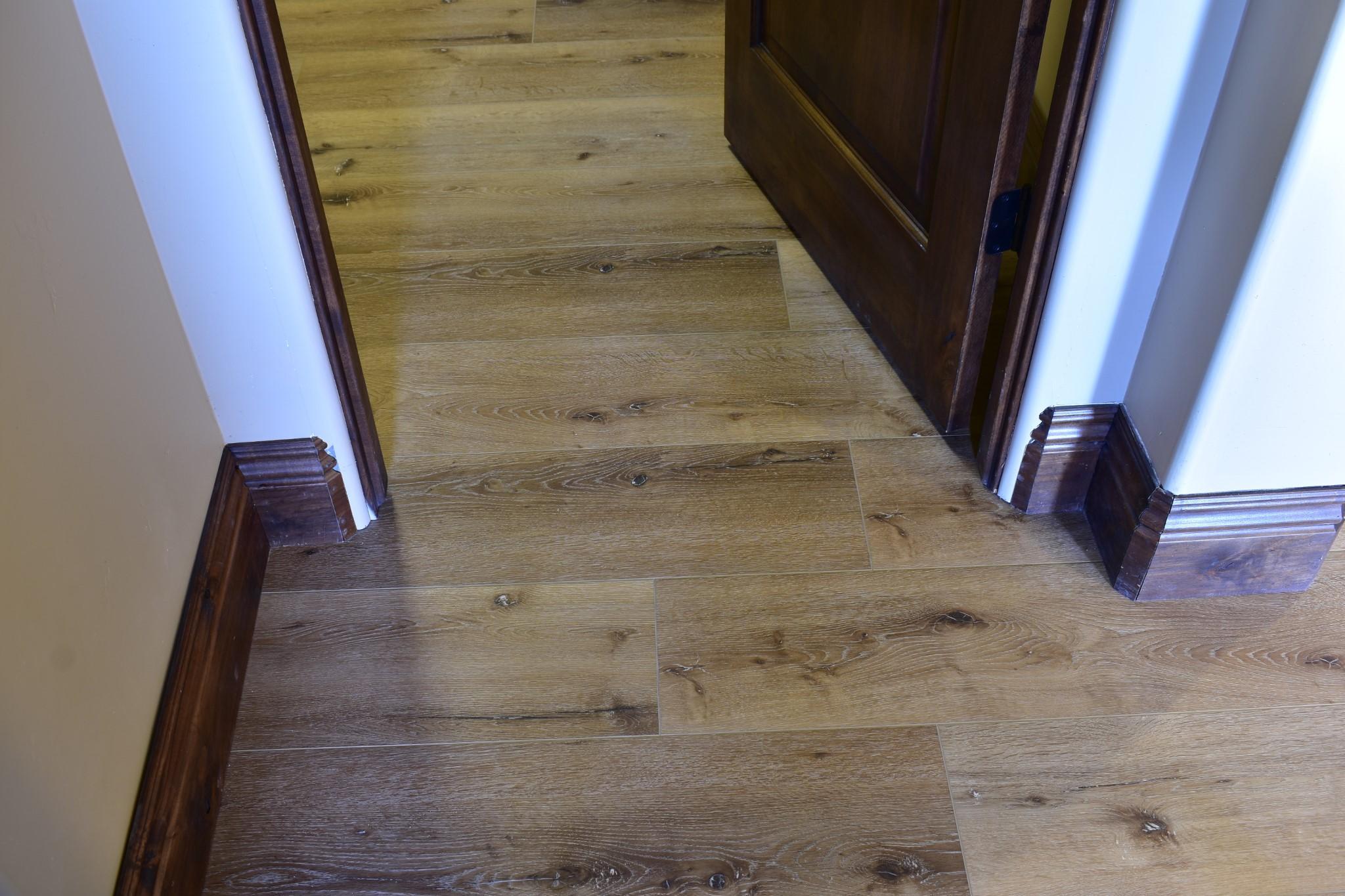 Waterproof Laminate Floors Door Baseborads