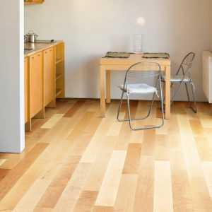 urban-lifestyle-collection-engineered-natural-flooring-EX-MN305A-Maple-Natural-Variation-rs_LG