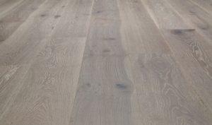 villa-caprisi-collection-engineered-valentina-flooring-VCV-813-Oak-Valentina-an_LG
