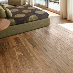 urban-lifestyle-collection-engineered-natural-walnut-flooring-HSE-5023NT-Walnut-Natural-rs_LG
