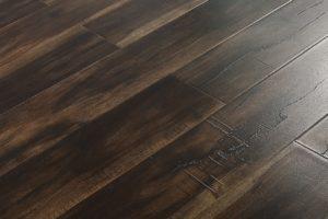 smokey-collection-laminate-smokey-walnut-flooring-4