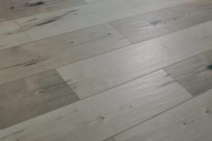 new-town-collection-laminate-mucha-blanca-flooring-3