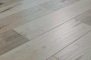 new-town-collection-laminate-mucha-blanca-flooring-4
