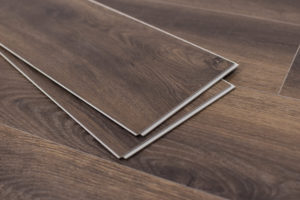 invicta-collection-montserrat-spc-studio-russet-flooring-2